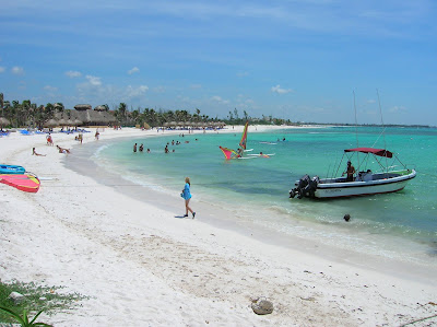 playa caribeña,playa de arena de corales, riviera maya, cancun, caribe, mexico, vuelta al mundo, Asun y Ricardo, round the world, informacion viajes, consejos, fotos, guia, diario, excursiones