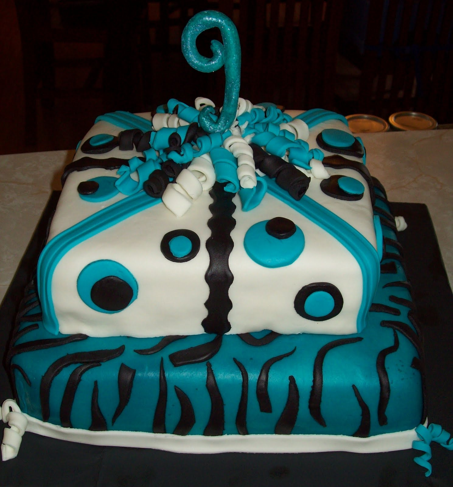 Wild And Girly 2Nd Birthday Cake CakeCentralcom Girly Birthday Cake