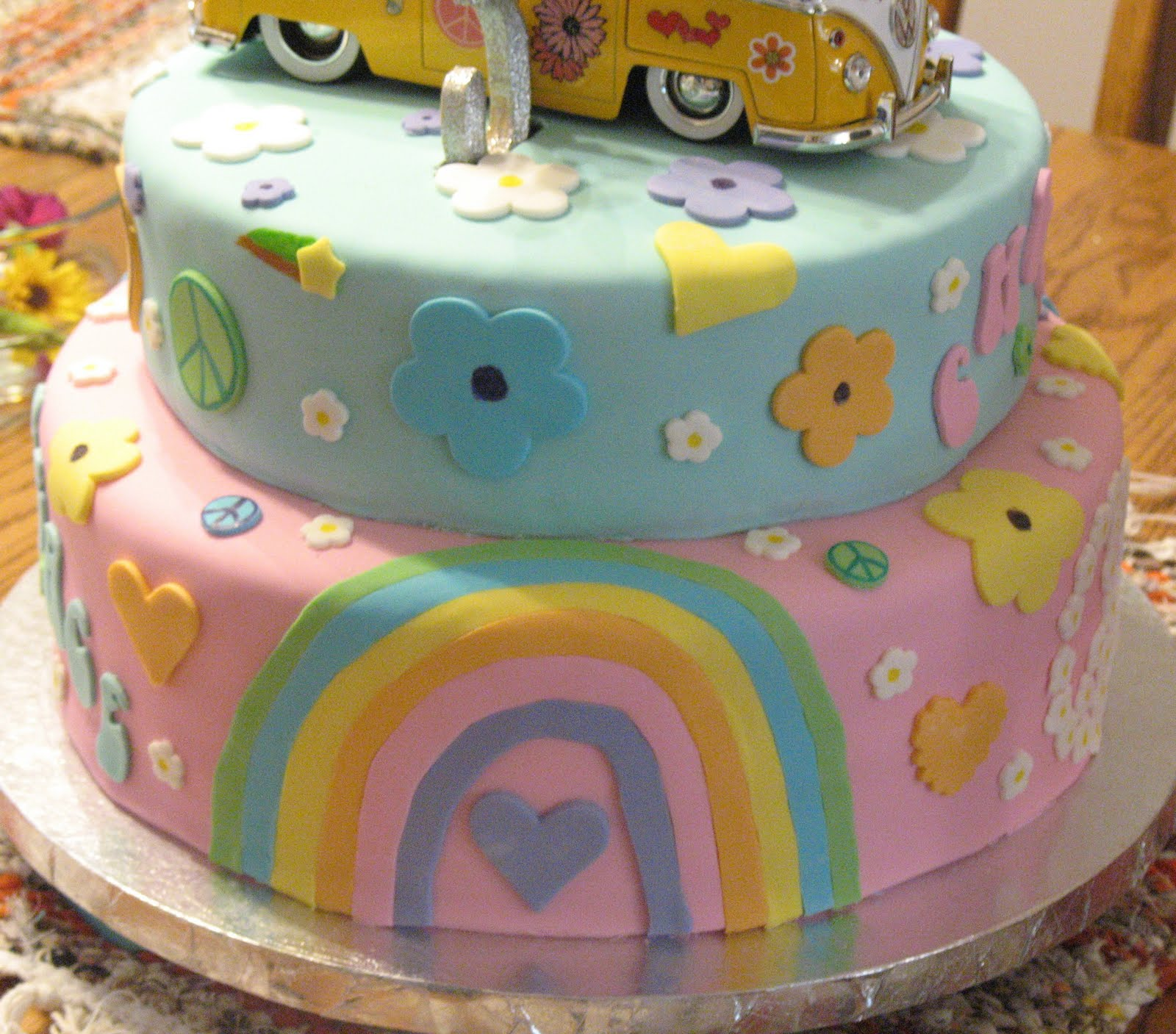 J's Cakes: Hippie Cake
