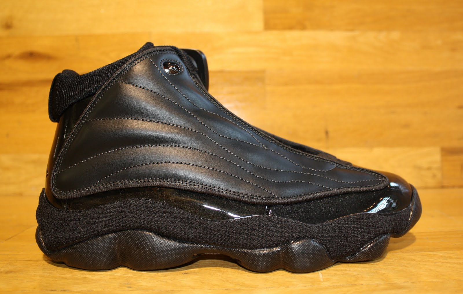 4bb51fdb4d7118 ... italy new air jordan jumpman pro strong black available in dr jays  stores d0726 6c7c6