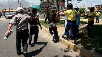 Foto de la agresión del serenazgo y pandilleros