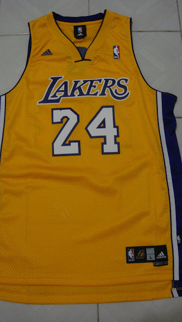 日本天堂: Kobe 24號球衣-NBA STORE