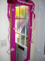 A decorated mirror using Tissue Paper