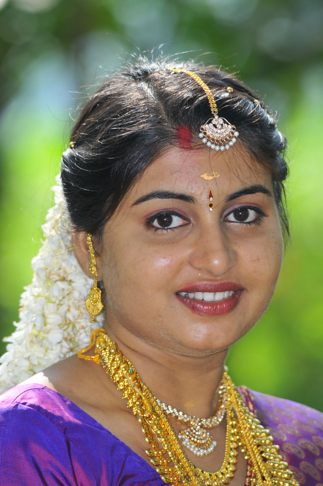 Beautiful Indian Girls: Sundari: Indian Beautiful Women Page 16