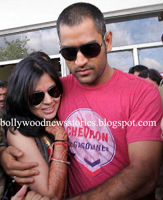 Latest News: M S Dhoni-Sakshi to Honeymoon in New Zealand?