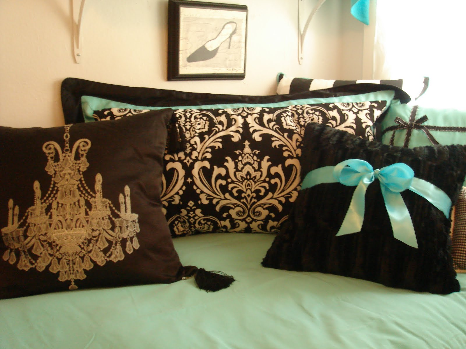 Decor 2 Ur Door: Tiffany Style Bedding - Dorm Room Bedding ...