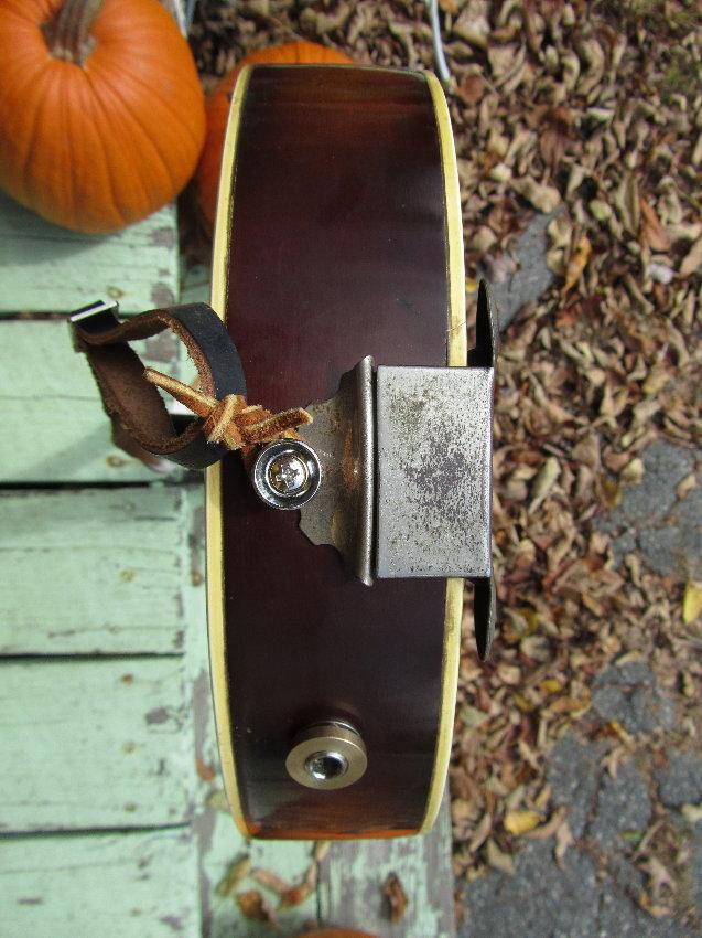 Jake Wildwood: 1930s Regal Arched Top Reverse Scroll Mandolin