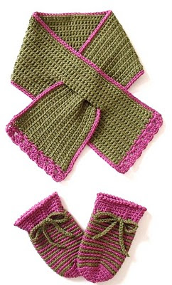 crochet patterns, keyhole, how to crochet, toddlers, child, scarf, mittens,