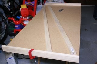 Tinkererd D Diy How To Make A Train Table On A Budget