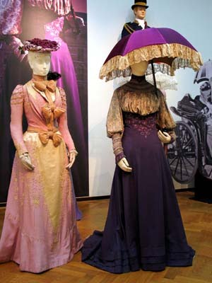Costume Diaries: Edwardian Corset skirt