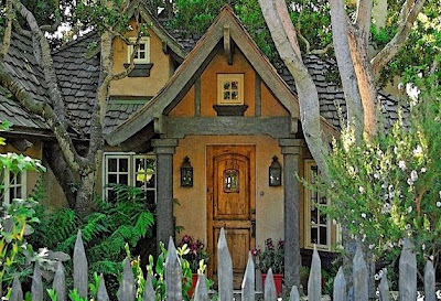 As Casinhas de Contos de Fada de Carmel - The Fairytales Cottages of Carmel