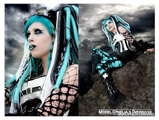 Ophelia's Overdose in blue Cyberpunk hairfalls
