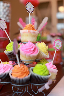 6 19 2010+011 {Blissful Customer} Lundyns Cupcake Birthday Party