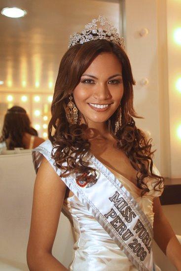 Claudia Carrasco en Terra Peru