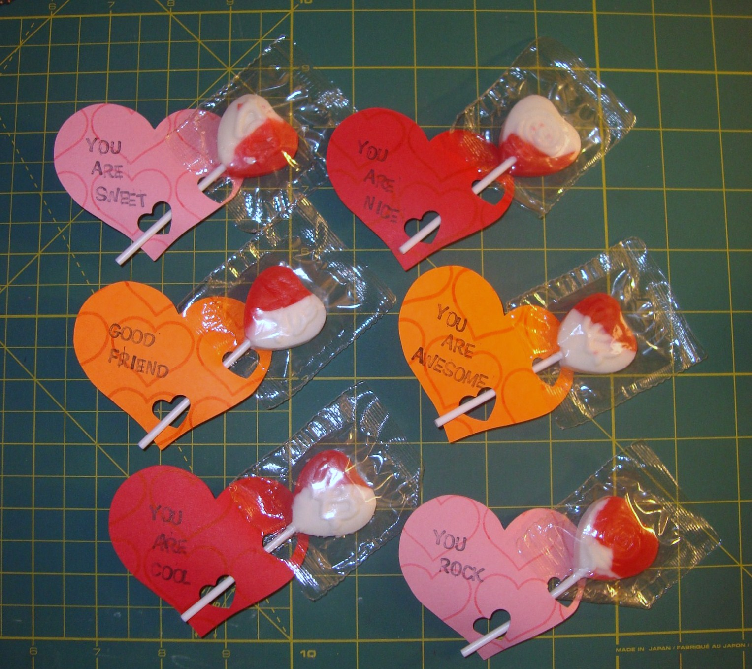 Handmade Happiness: Kids Valentine's Cards With The Cricut