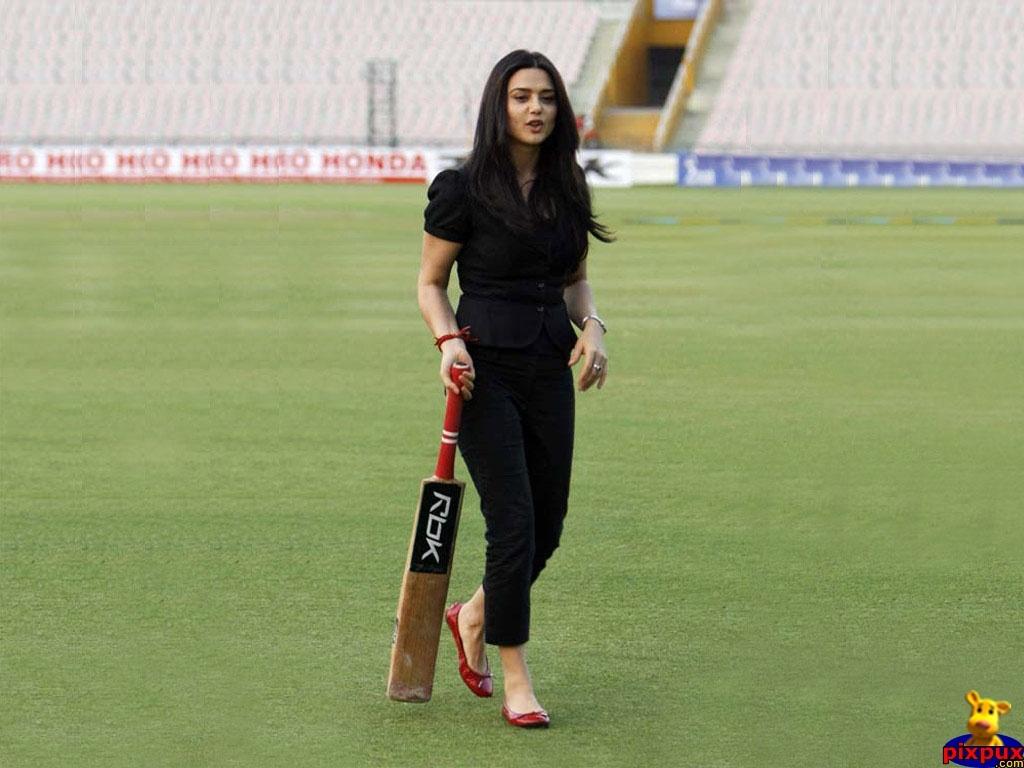 Way 2 Bollywood World Hot Preity Zinta-5761