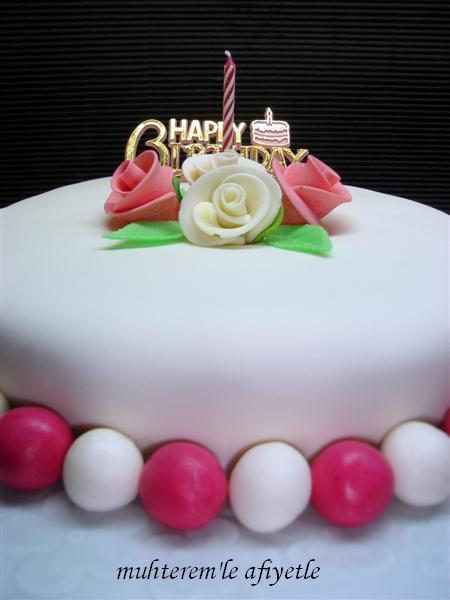 kız için doğum günü pastası