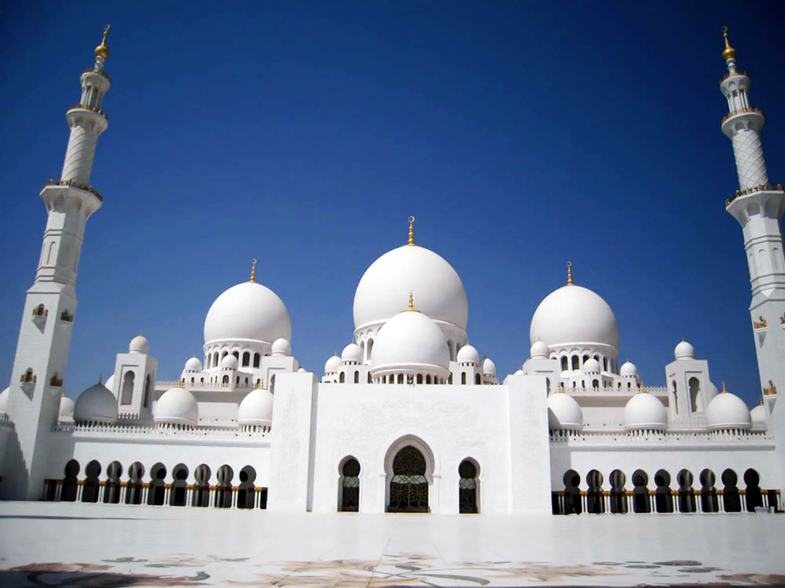 Exterior: Album Islam: Sheikh Zayed Mosque ( Exterior Photos