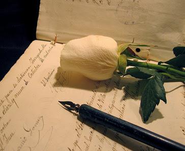 Resultado de imagen de pluma y papel