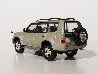 MiniAutoHobby: Toyota Land Cruiser