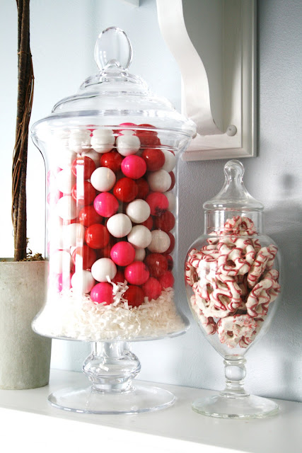 Love this adorable Valentine's candy decor inspiration using apothecary jars!