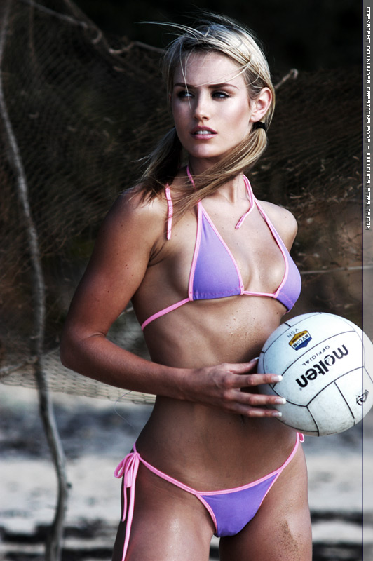 Aussie Babes Exposed Nicky Whelan