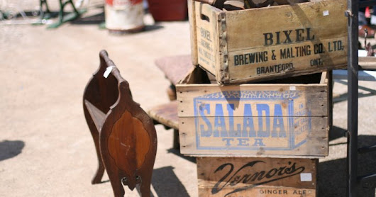 The Hip & Urban Girl's Guide: We Flea To The Aberfoyle Antique Market