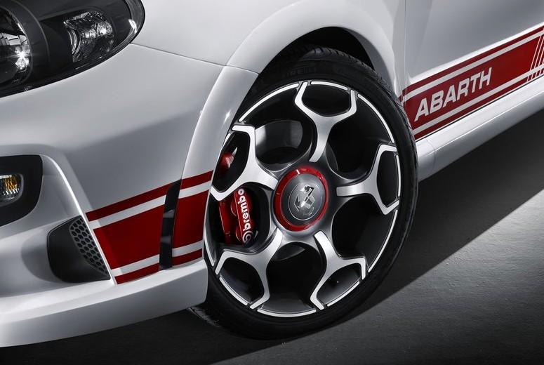 New Carused Car Reviews Picture 2011 New Fiat Punto Evo