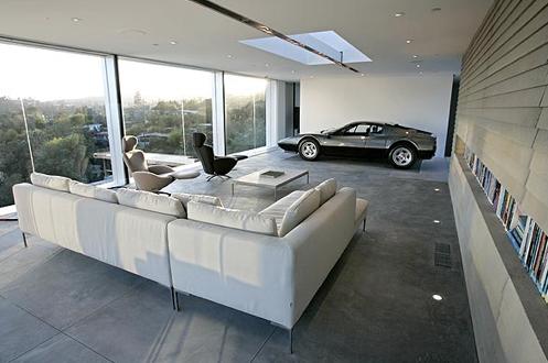 Le Container Maserati Garage Euh Ferrari Garage Rit