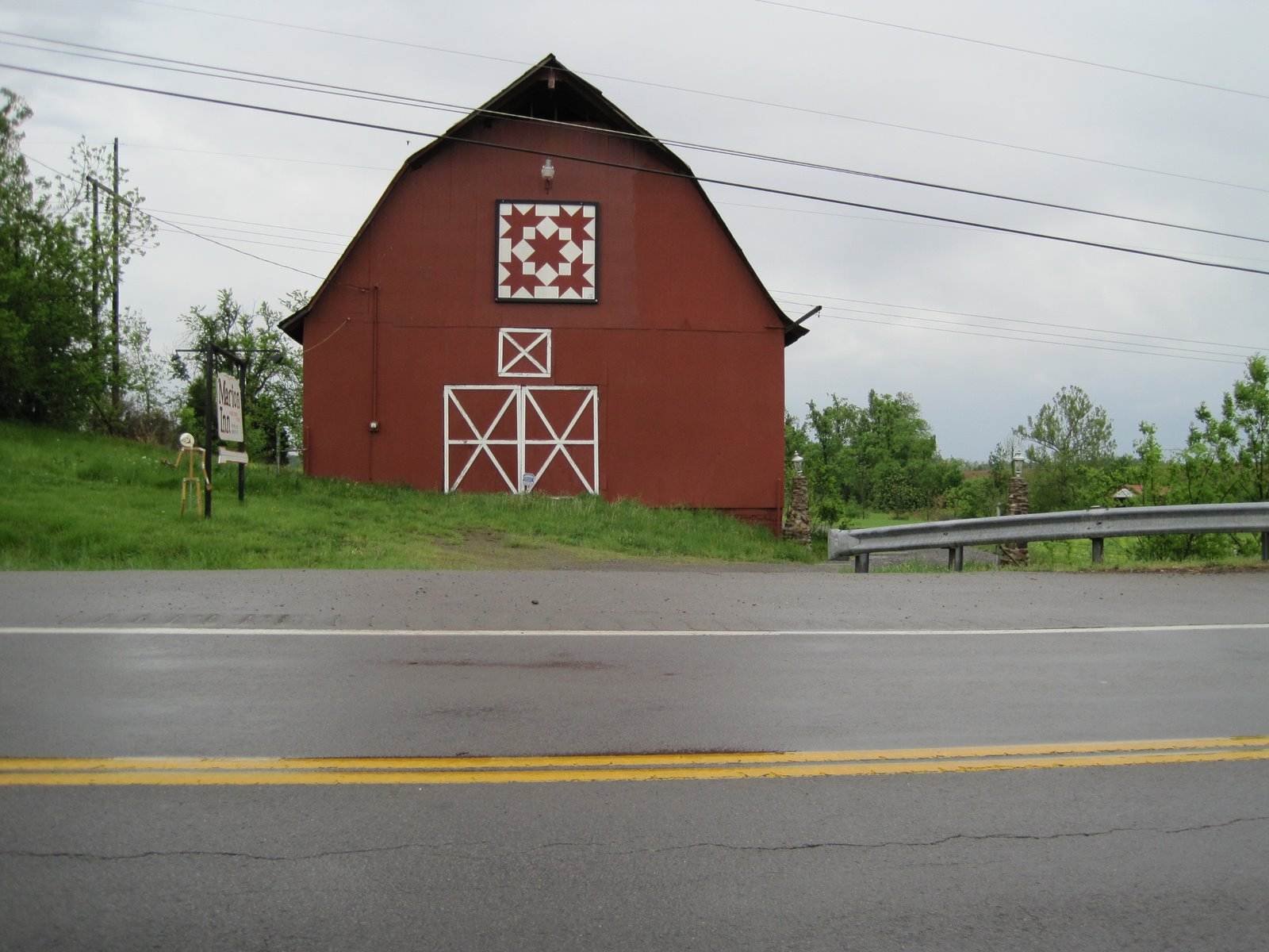 I SEW QUILTS: Klosjes and Quilt Barn Signs