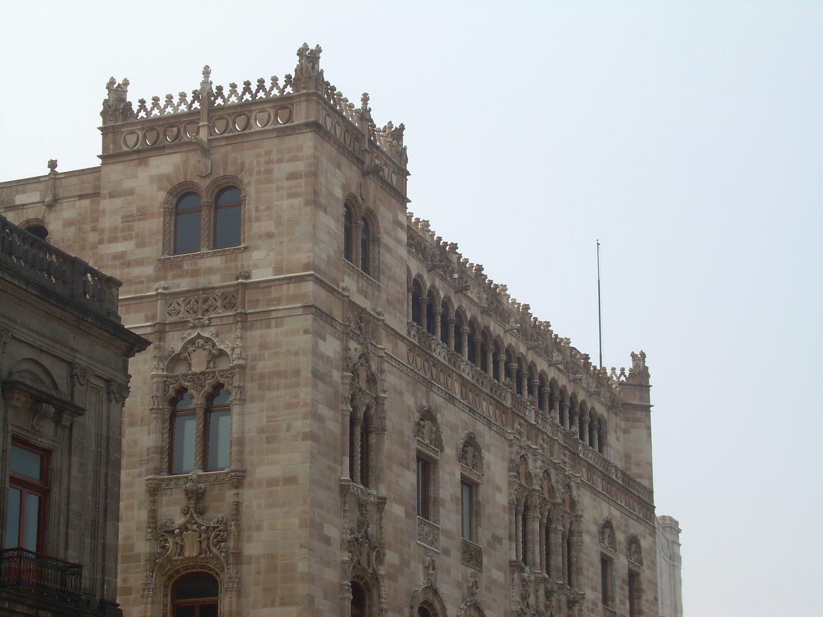 http://4.bp.blogspot.com/_1xtIwkty7AM/S8PG_MwOdhI/AAAAAAAABVU/ynrBSYEmxTs/s1600/Edificio+de+Correos.JPG