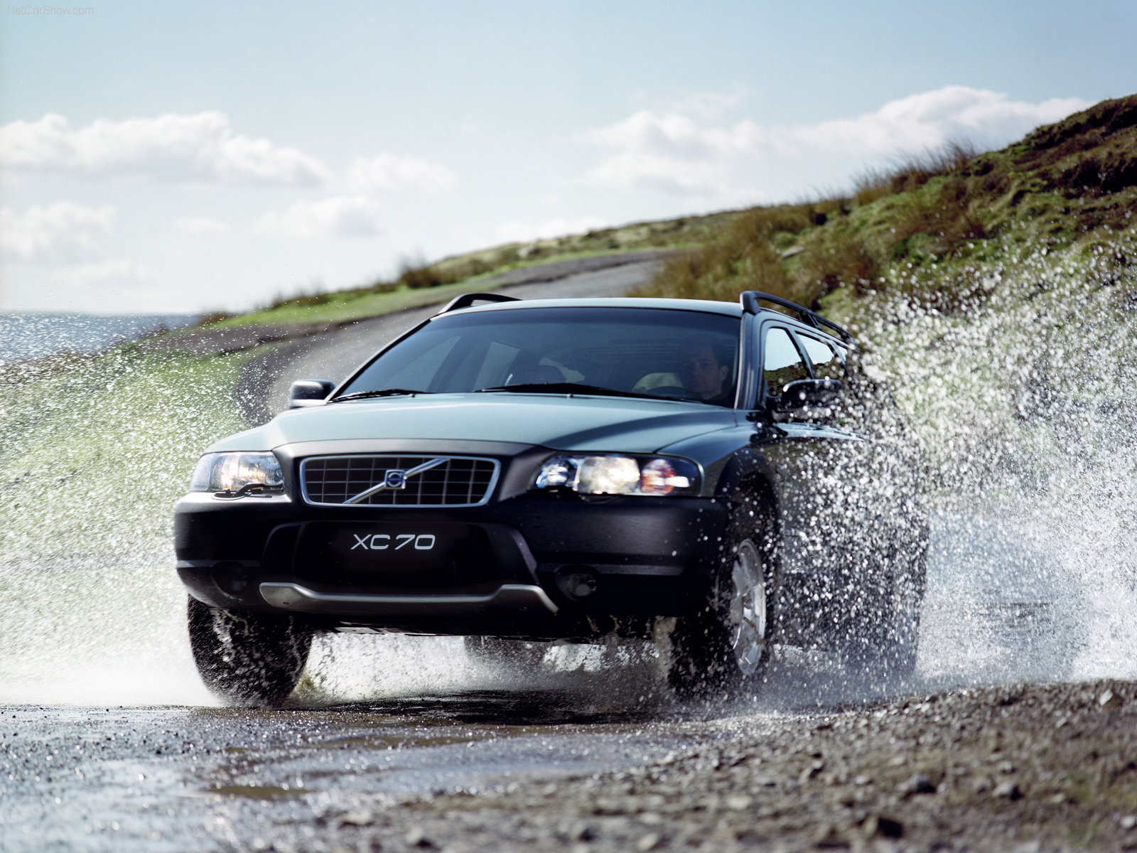 volvo xc70 cross country info page. Black Bedroom Furniture Sets. Home Design Ideas