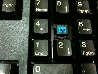 機械式鍵盤 Cherry C80-3000 (Cherry MX 青軸) 軸心檢視 I