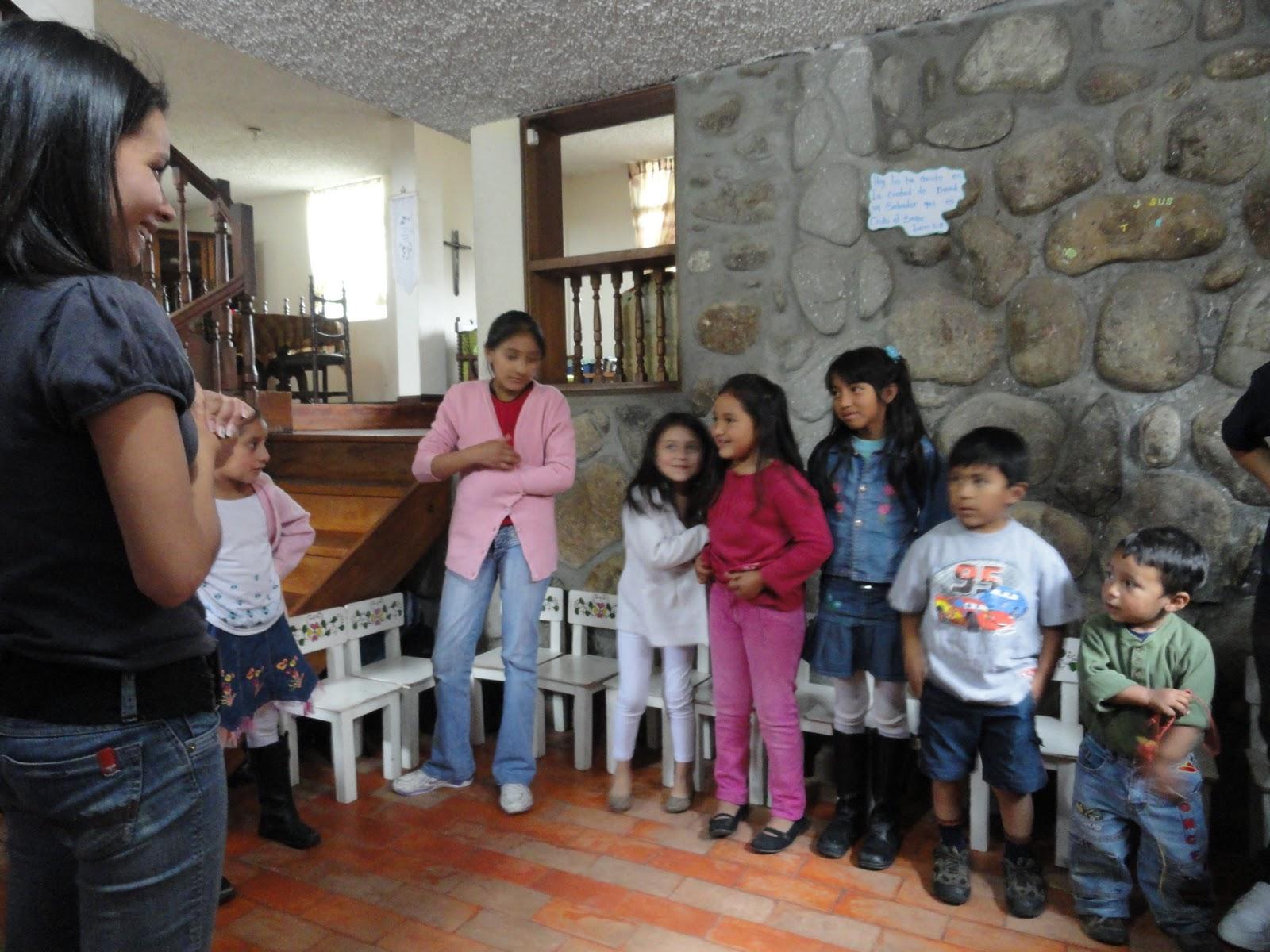 Living And Retiring In Ecuador Kids In Cuenca