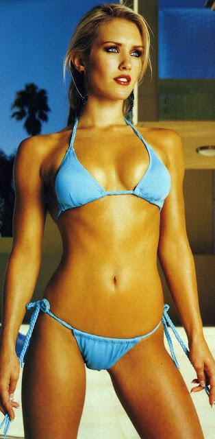 Nicky Whelan Hot naked 182