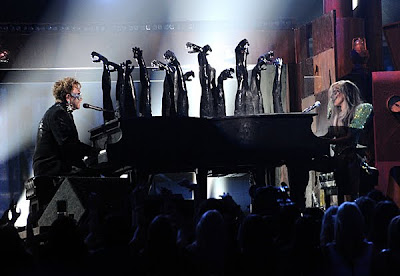 grammy gaga Lady GaGa and Elton John Perform Speechless/Your Song at The 2010 Grammy Awards