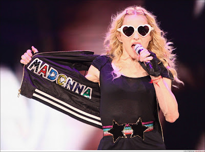 30 MADONNA: Backstage at the Sticky & Sweet Tour!