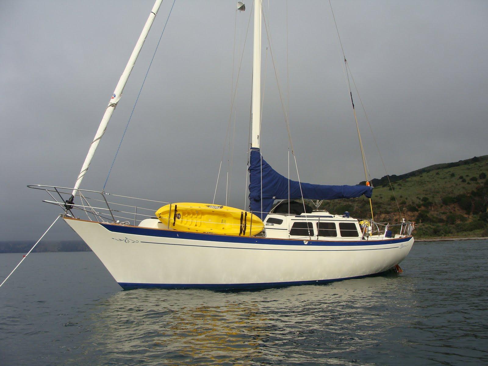 Spray - 1980 Islander Freeport 36: July 2010