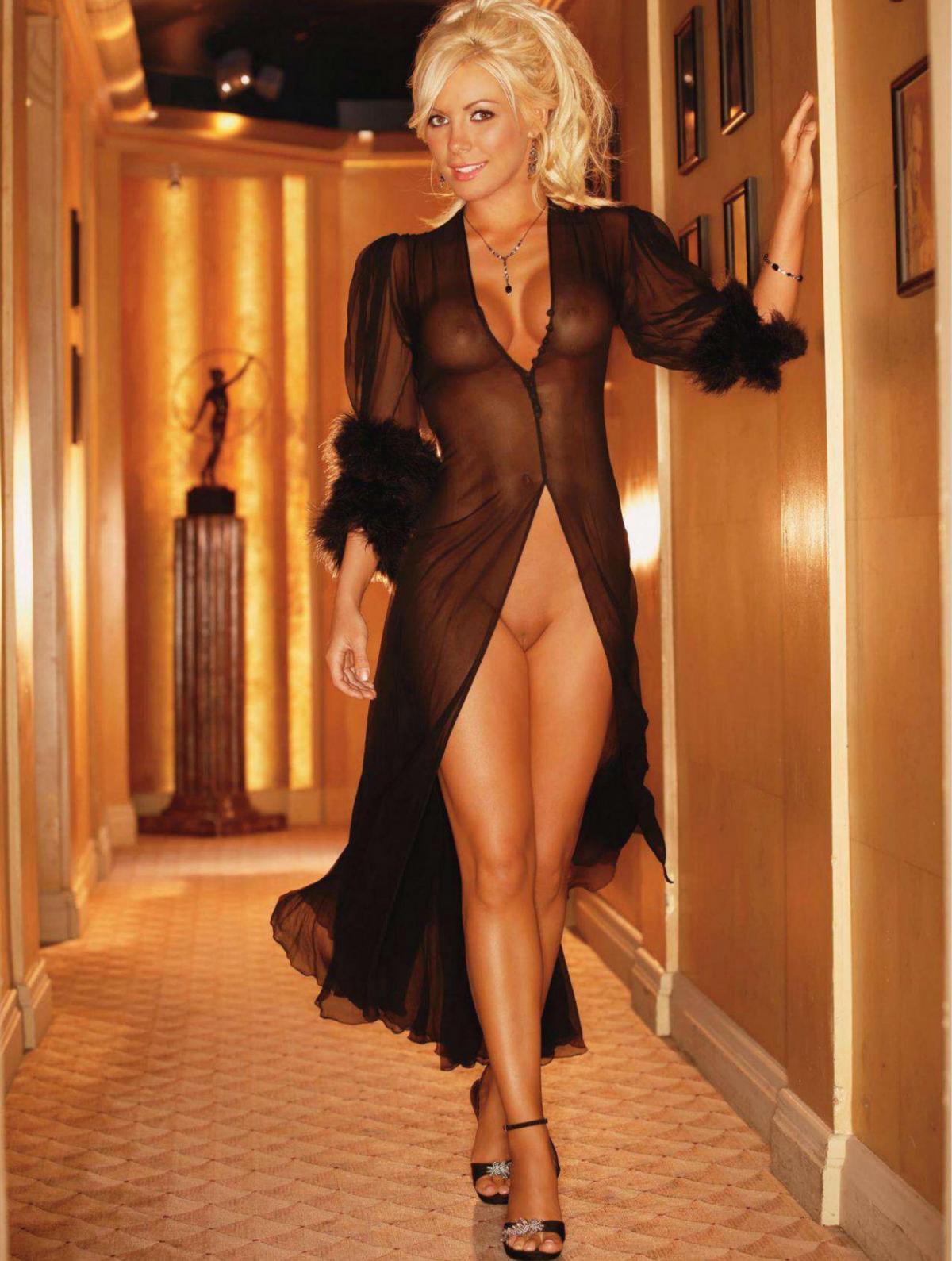 Crystal Harris Nude 40