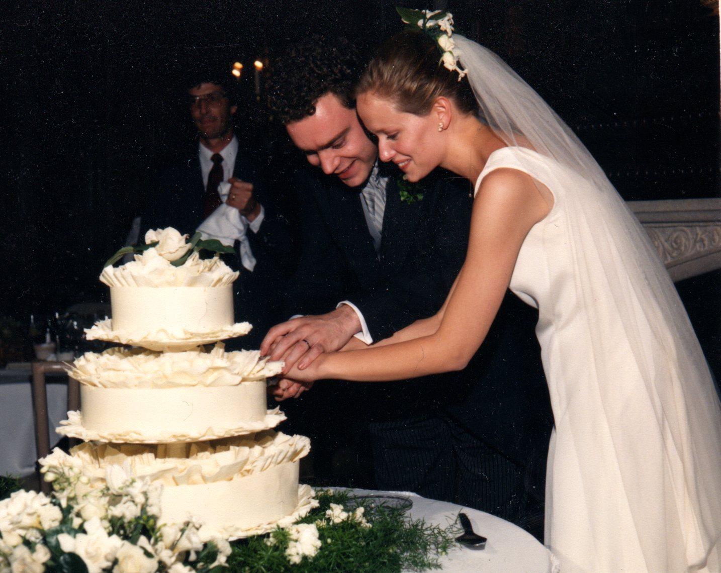 Atwood Bakery Wedding Cakes