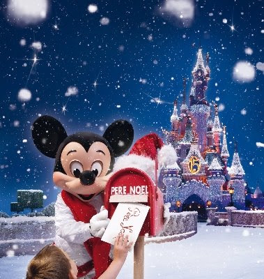 Lettre Pere Noel Disney.Media Magic Un Noel De Conte De Fees A Disneyland Resort