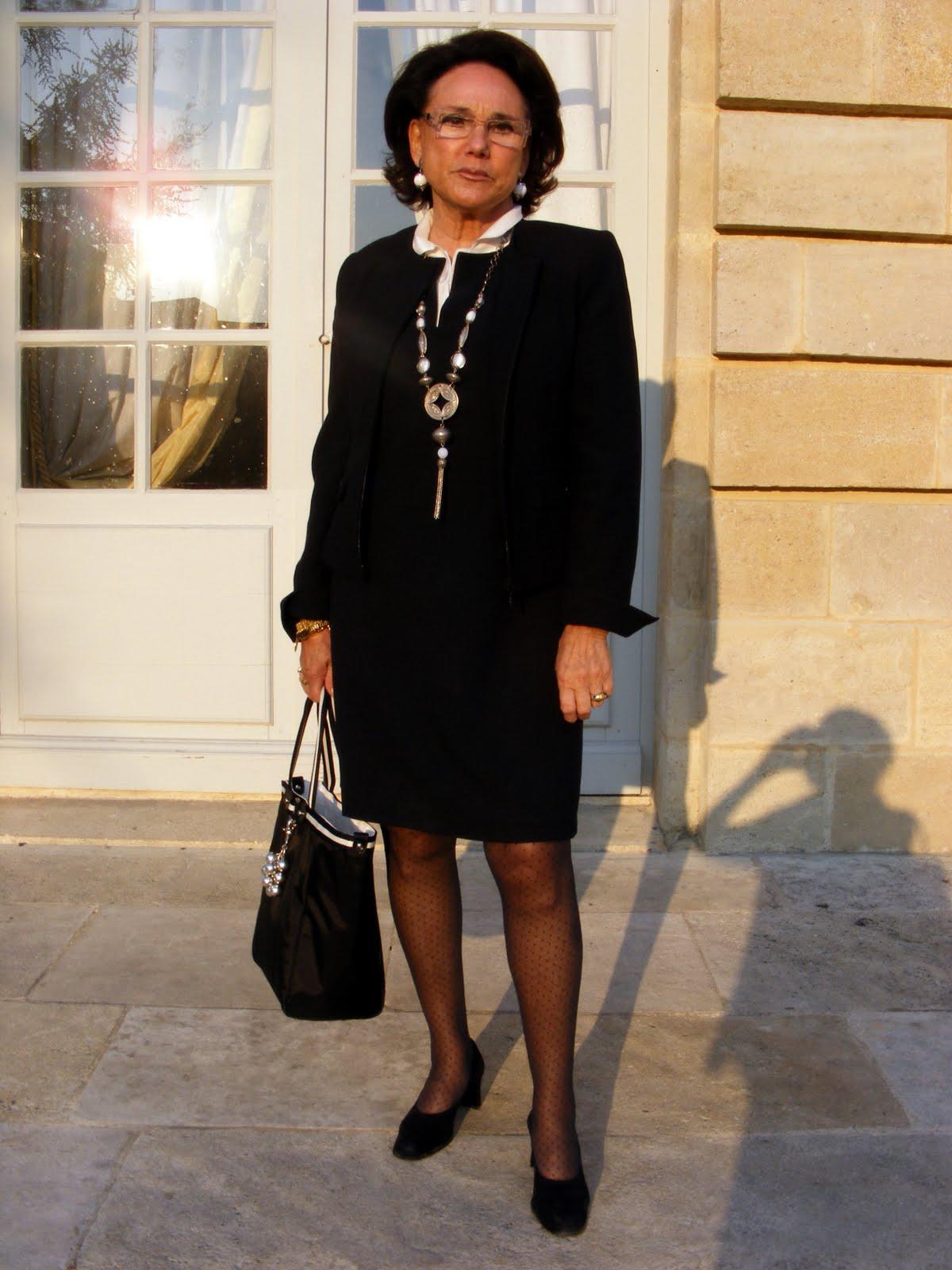 Bordeaux streetstyle: Mme Dutheil avec un style classique/chic