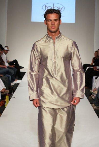 اخر موديلات الثوب السعودي 2013 ..