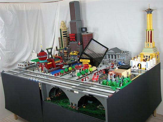 LEGO-Futuramajpg