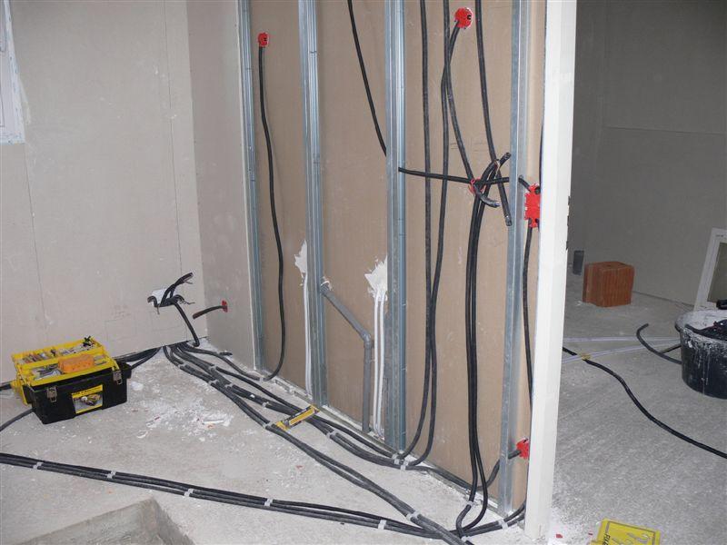 la construction de notre maison placo plomberie. Black Bedroom Furniture Sets. Home Design Ideas
