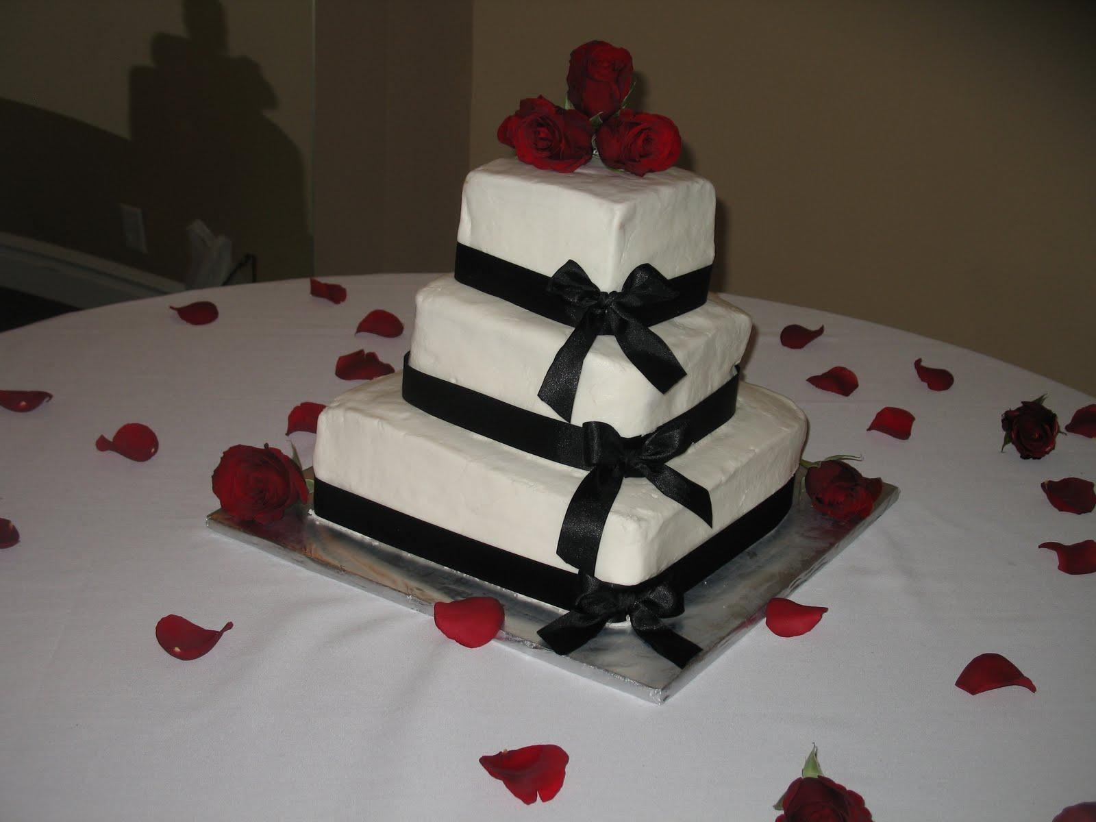 Dede's Cakes: 3-Tier Square Wedding Cake