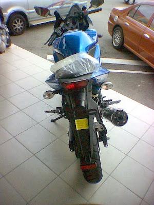 Kawasaki Ninja 250R - Sexy Bike!