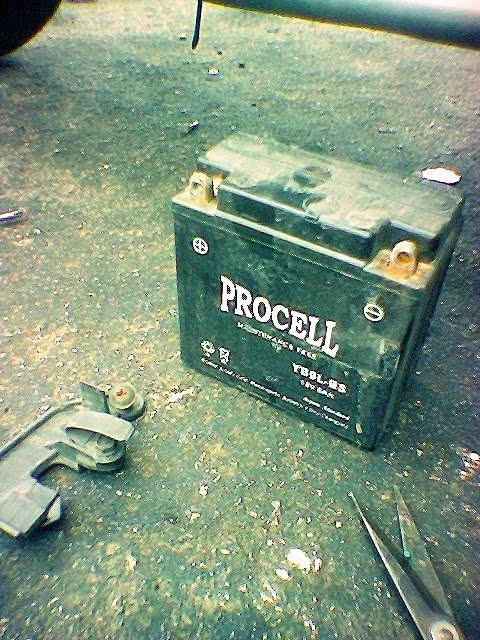 Modenas Jaguh 175 - Ganti Bateri Baharu