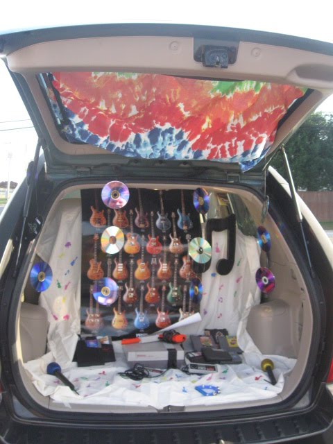 A Penchant For Pens Trunk Or Treat 2010 Hippies Toy