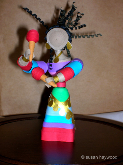 Quilled 3D dancer